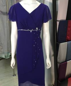 媽媽禮服,亮寶藍,開V領,荷葉邊袖,雪紡紗,水鑽,及膝洋裝