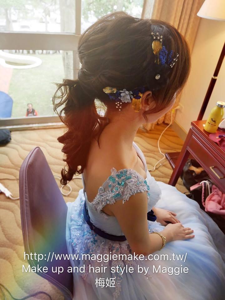 新秘晚禮服造型髮量少的新娘造型