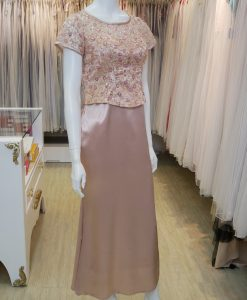 台北媽媽禮服,香檳金,緞面,短袖,圓領,亮片,長禮服