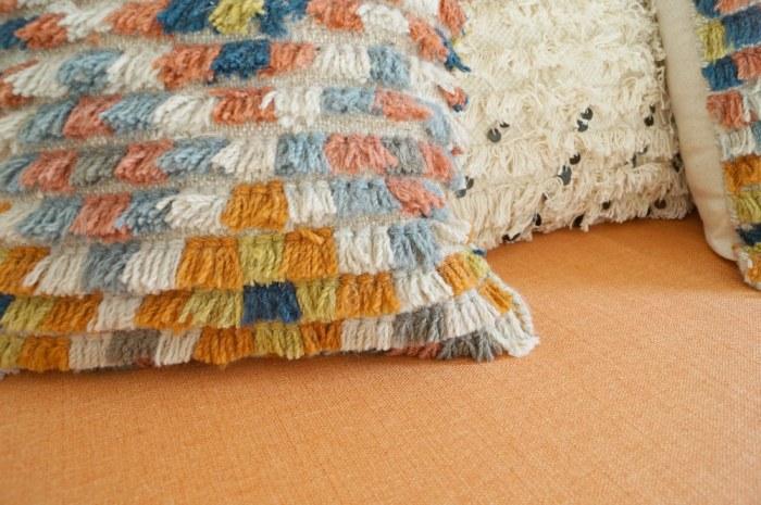 zipper-back-shag-rug-sample-pillow-diy-decor-bohemian