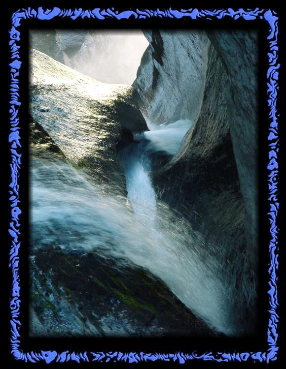 Water digs its way through the rock - Magical Reichenbach Falls
