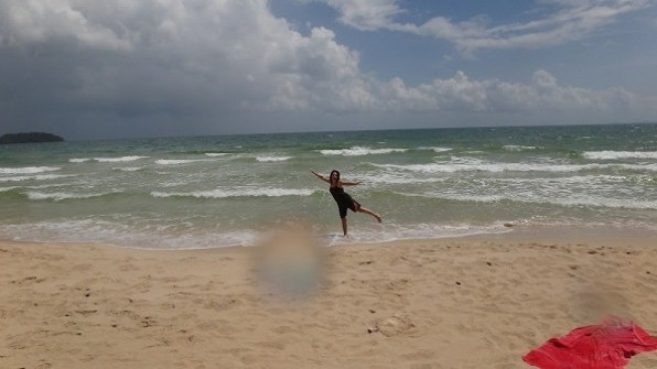 Otres Beach, Sihanoukville - Tanya Being Silly