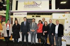 İTALYA-mart2012-kozmetikfuarı-Türkresmiheyetiile