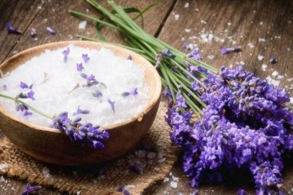 The_Secret_to_Making_Salt_Scrub_1024X768