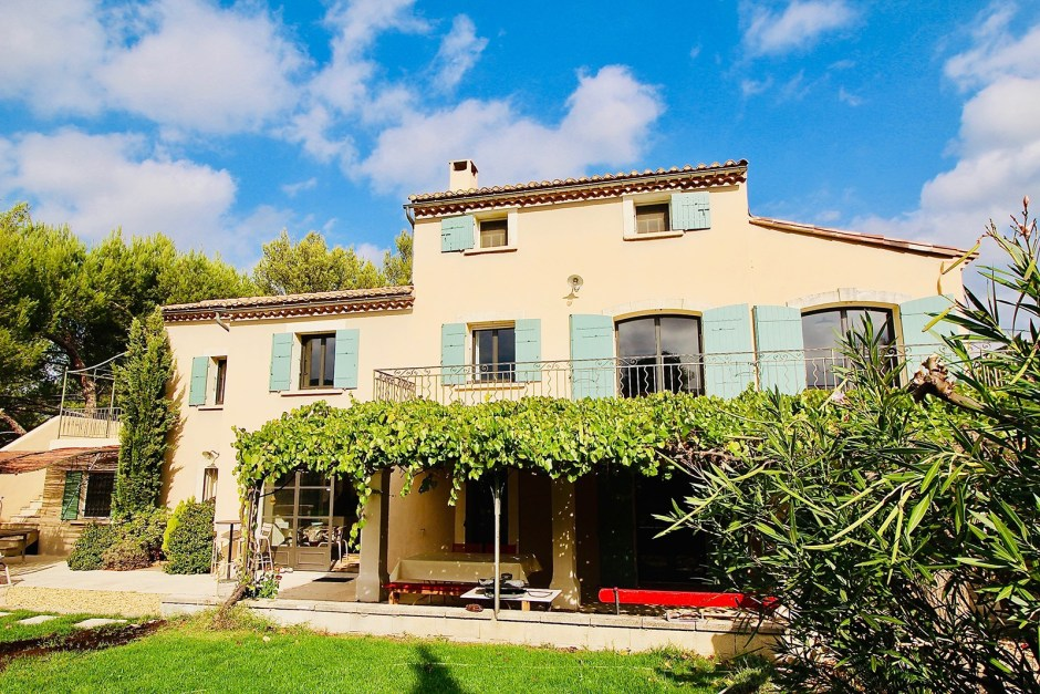 5 Bedrooms, Villa, Vente, 1 Bathrooms, Listing ID 1256, EYGALIERES, France, 13810,