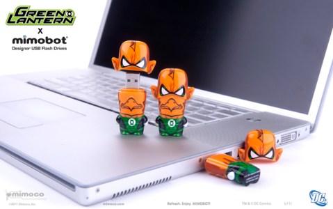 DC_GreenLantern_Tomar-Re_laptop
