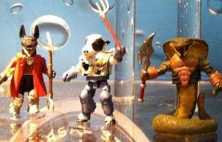 Diamond-Select-Toys-FEATURE