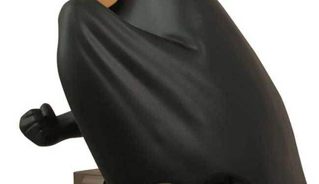 FEB168433-STL009982-Batman-TAS-Bust