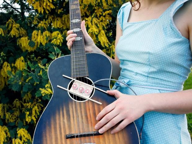 Wind Your Own GuitarPickups