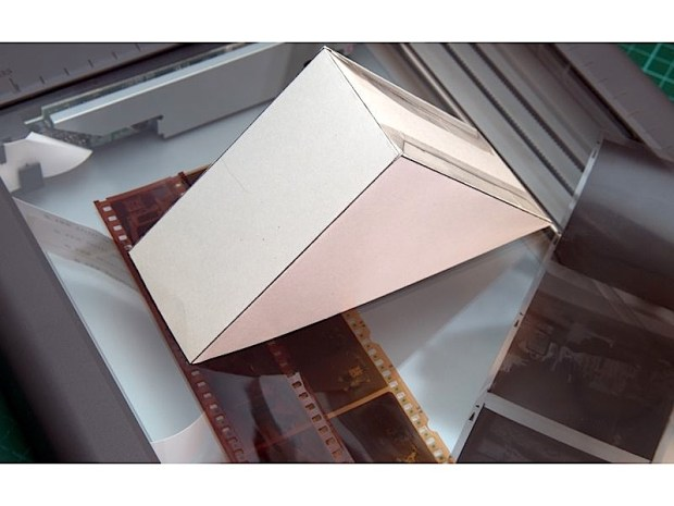 Turn Slides and Negatives into DigitalPhotos