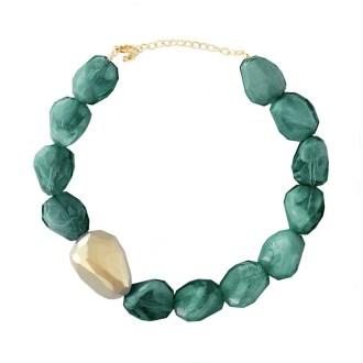 collar-piedras-verde-oscuro