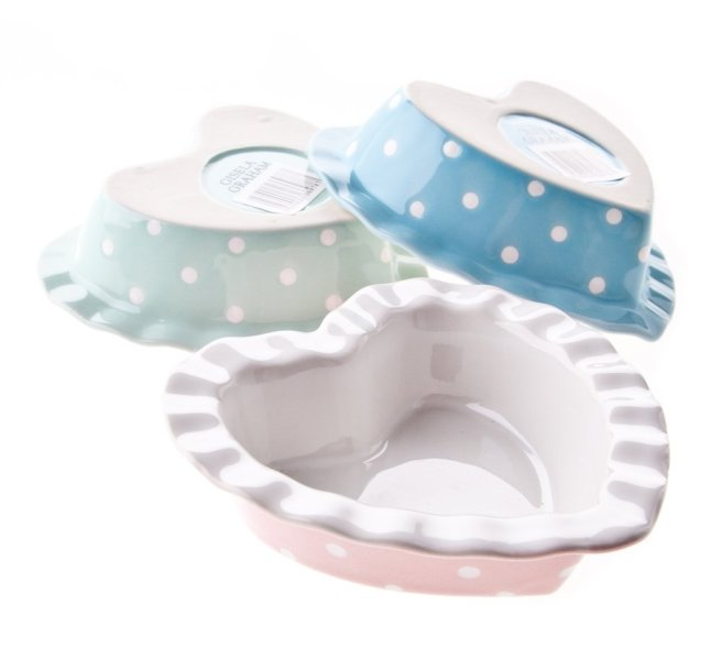 Mollie and Fred Gisela Graham Mini Heart Dishes