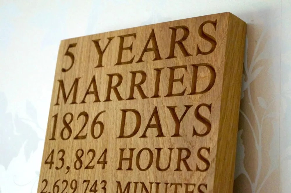 5th wedding anniversary gift ideas for him 5th wedding anniversary personalised 5th wedding anniversary plaques makemesomethingspecial co uk
