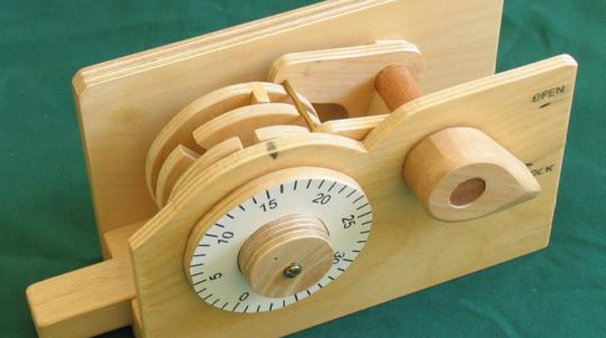 magmamusen how to make a combination lock