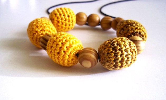 crochet_bead_bracelet_flickr_roundup.jpg