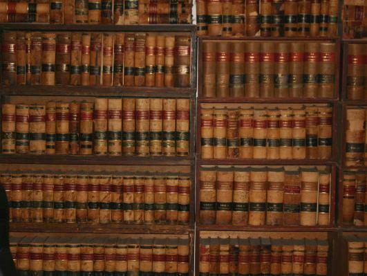Books.jpg-1360799330