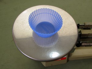Weigh cup