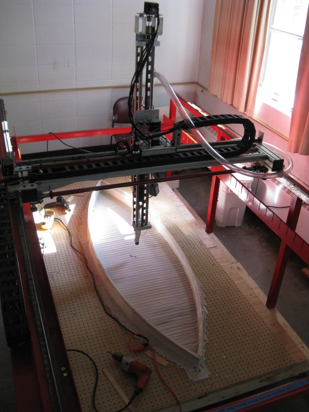 Big Red with v1 of the boat in mid-print