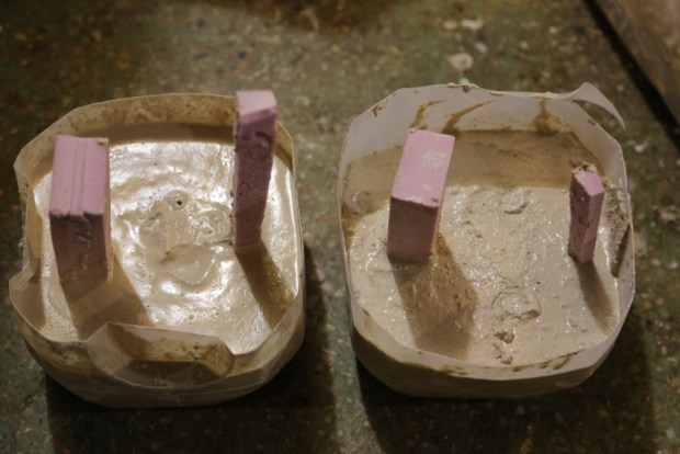 Setting both molds to dry