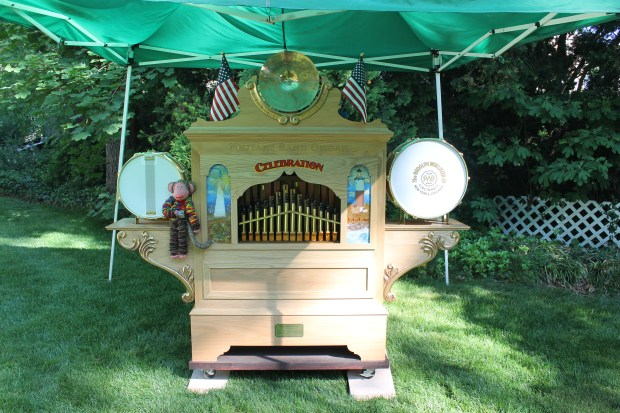Celebration Military Band Organ