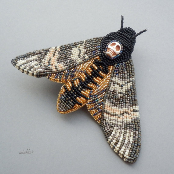 beaded-deaths-head-brooch-1