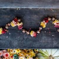 poppytalk_fall_flower_and_acorn_garland_01