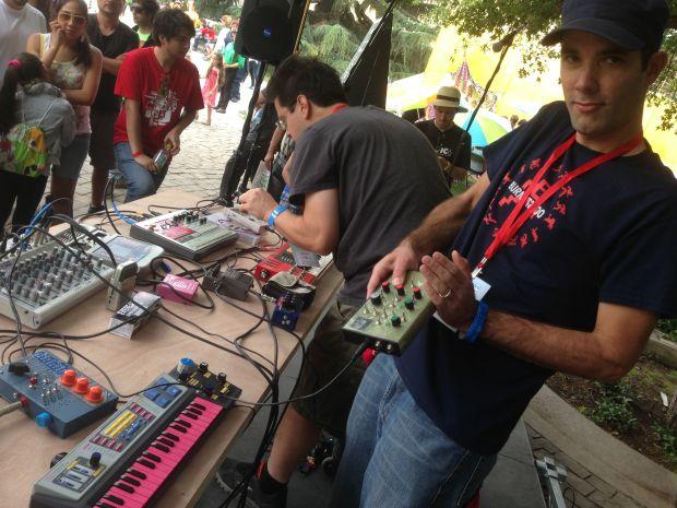 US makers Burnkit 2600 jamming the beats!