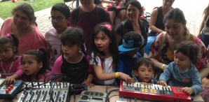 Burnkit2600 Makes Some Noise at the Santiago Mini Maker Faire
