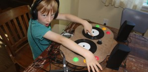 Lil DJ, Turning Toddlers into Turntablists