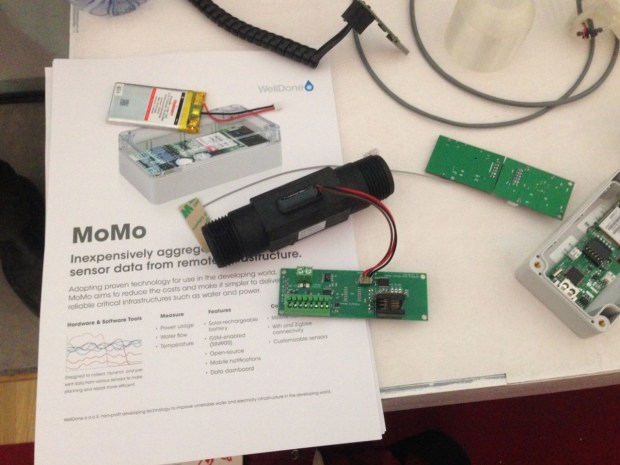 Momo, a simple mobile sensor device to ensure reliable access to water in the developing world