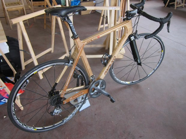 Gorgeous wood road bike by Axalko.com