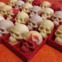 white_chocolate_skulls
