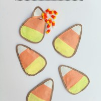 tellloveandchocolate_candy_corn_favor_pouch_01