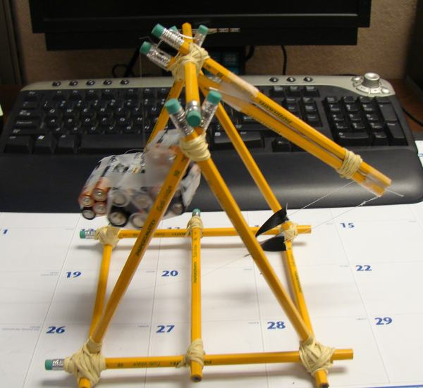 trebuchet project Step by step plans and instructions for an easy to build catapult trebuchet that throws tennis balls and waterballons plan # tp2.