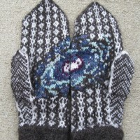 andromeda-mittens-1