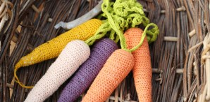 Spring Makes: Crocheted Carrots