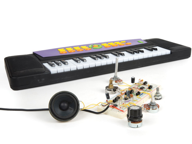 Make a Wave Shaper Multifunction Sound Synthesizer