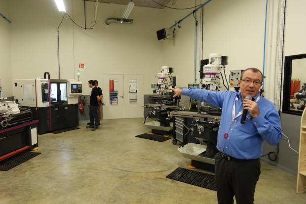 Shiny new techshop opens in paris makerspaces make - Toner leroy merlin ...