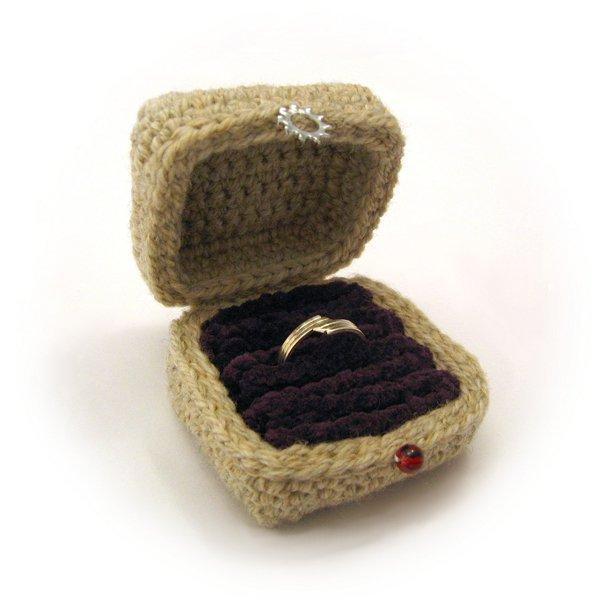 crochetringbox