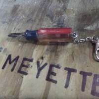 keyHolder_1