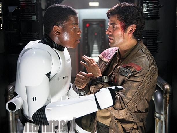 [Lucasfilm] Star Wars : Le Réveil de la Force (2015) - Page 6 John-boyega-and-oscar-isaac