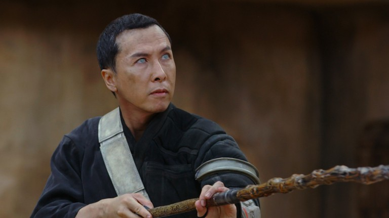 Rogue One: A Star Wars Story Donnie Yen (Chirrut Imwe) Behind the Scenes on set during production. Ph: Footage Frame ©Lucasfilm LFL 2016.