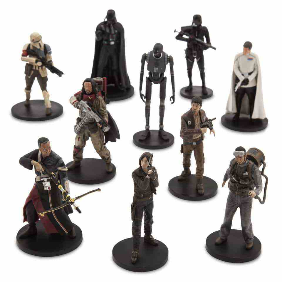 Yahoo exclusive: Disney Rogue One role-play and Rogue One Elite Series toys