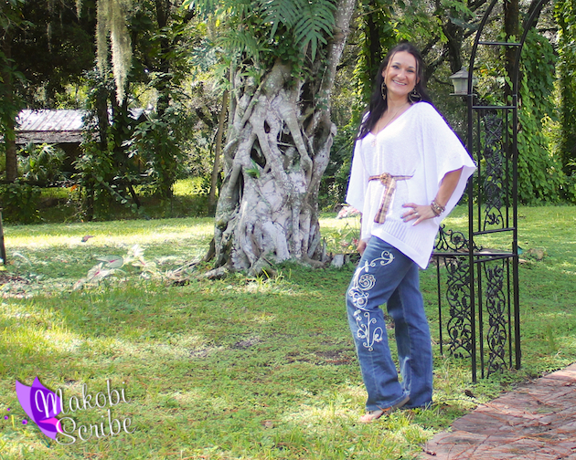 Monroe and Main Fleur De Denim jeans paired with a Pointelle Poncho