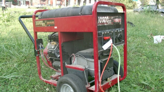 portable_electrical_generator_angle