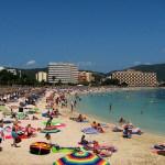 Cort inicia su cruzada contra el alcohol en la Playa de Palma