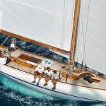 Críticas al Gobierno por no buscar en aguas internacionales a los navegantes desaparecidos