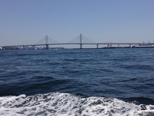 観光船シーバスからの眺め横浜ベイブリッジ
