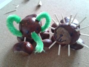 Elefant und Löwe aus Kastanien