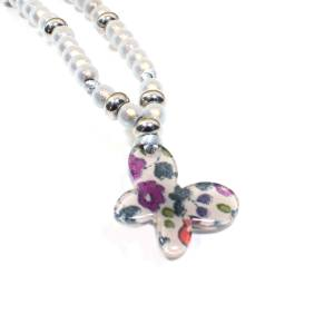 Petit prune butterfly close up - Liberty print Butterfly teething nursing fiddle necklace 'Petit Prune'